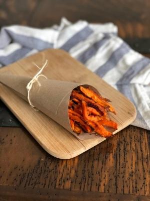 Recette des frites croustillantes de patate douce au four de Nourish by Lu